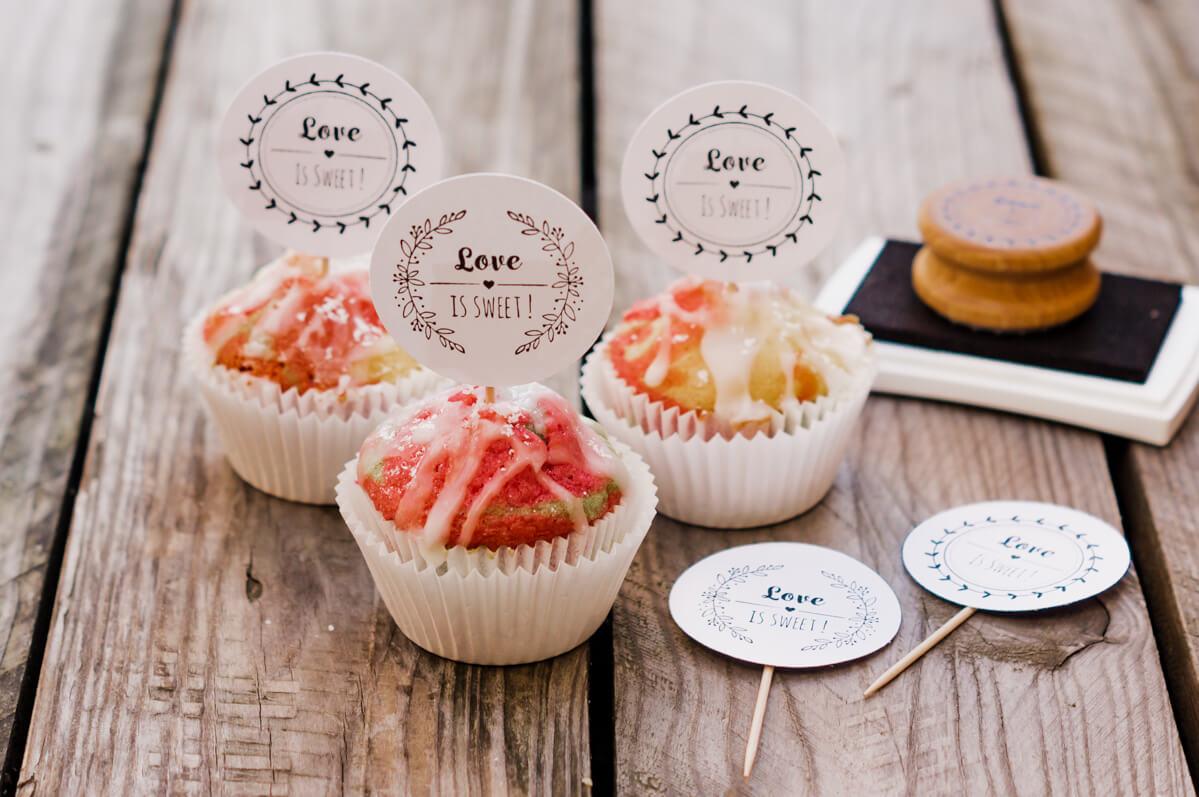 personalisierter-Stempel-Love-is-sweet-Hochzeitsstempel-30-von-30