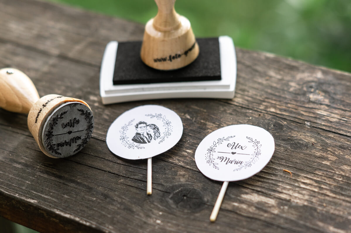 personalisierter-Stempel-mit-Gesichtern-Hochzeitslogo-Hochzeitsstempel-15-von-16