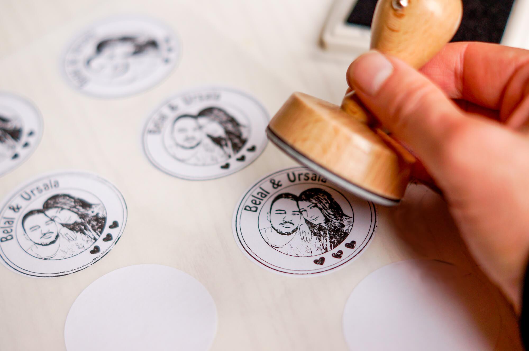Fotostempel-Stempel-mit-Gesicht-Hochzeitslogo-6b-von-25