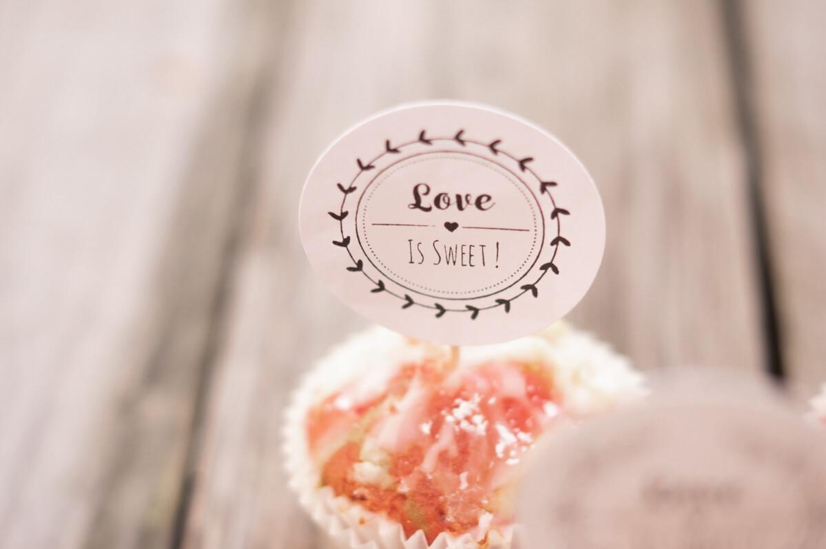 personalisierter-Stempel-Love-is-sweet-Hochzeitsstempel-26-von-30