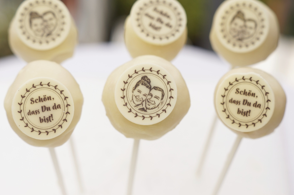Foto-Cake-Pops-Fotoaufleger-Fotopralinen-selbermachen-Hochzeit-Candy-BarZw1uVvmgCvpon
