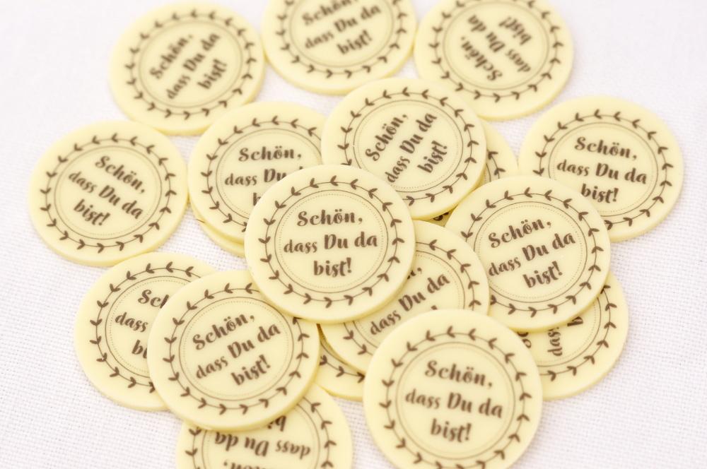 Schokoaufleger-bedruckt-Pralinen-Schon-dass-du-da-bist-Gastgeschenk-Pralinenhohlkorper-Rezept-selbermachen-Fullung